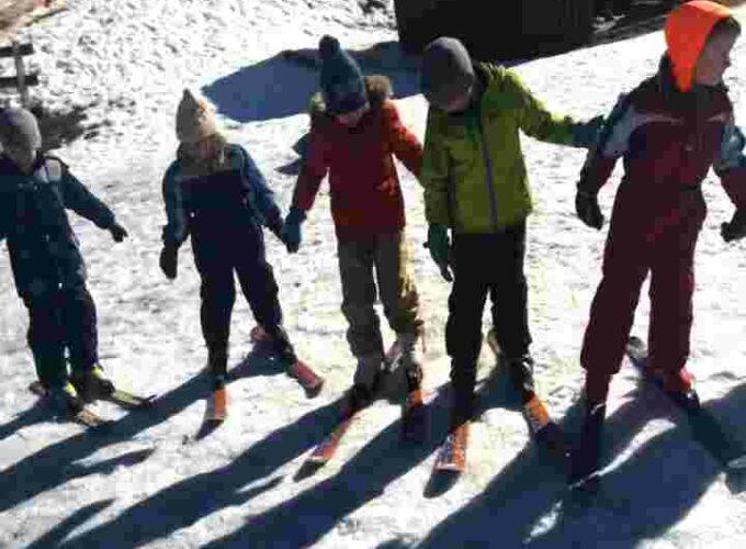 Završena škola skijanja za bruske predškolce