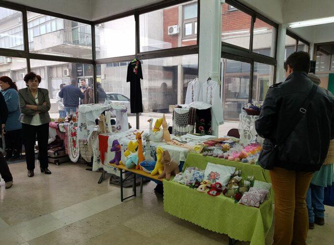 Održana odmomartovska izložba ženskog preduzetništva U Trsteniku, Likovni salon Narodnog Univerziteta U Trsteniku