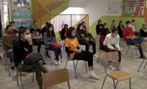 """U okviru projekta """"Brus i mladi"""" na Kopaoniku realizovan dvodnevni seminar"""