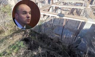 Profesor marksizma koji misli da je stručnjak za granit: Bori Soluncu smeta što srpske firme popločavaju Novi Sad